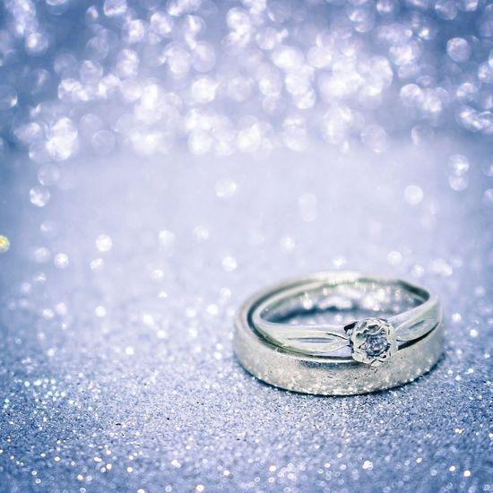Jewelry Ring Diamond - Gemstone Wedding Selective Focus Shiny Silver Colored Engagement Ring Luxury Celebration Backgrounds Platinum Love No People Close-up Indoors  Wedding Photography Wedding Rings The Week On EyeEm