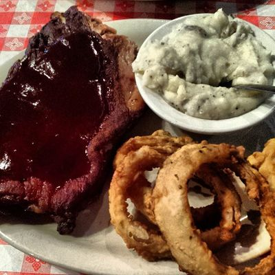 BBQ Texas style, yes please!! Texas BBQ Ribs Workrelated foodporn instabbq dallasstyle