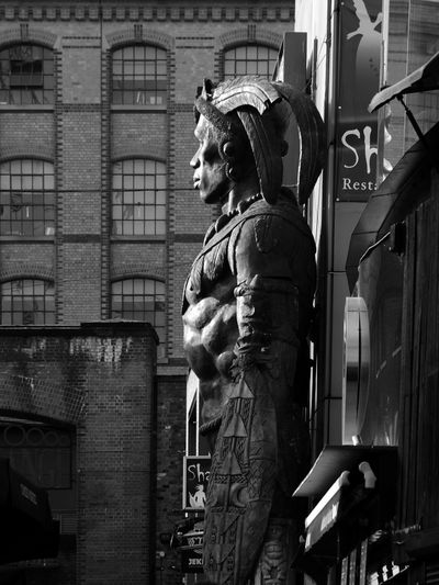 London Camden Statue Sculpture Built Structure Day Architecture No People Building Exterior City Arts Is Everywhere The Week On EyeEm Black&white Cityscape City Street Black & White Photography Black And White Collection  Bnw Bnw Photography Black And White Friday Outdoors Bnw Photography Shadows & Lights Bnw_collection Architecture Shadow An Eye For Travel The Graphic City