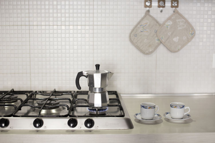 Kitchen Domestic Kitchen Indoors  Domestic Room Home Tile No People Kitchen Utensil Preparation  Still Life Coffee Coffee Time Moka Morning