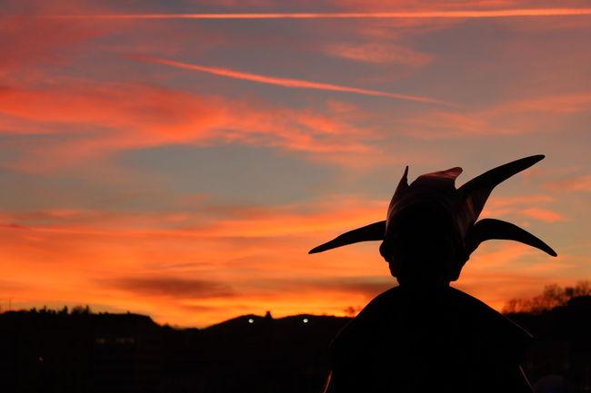 Little Princess statue silhuette on beautifull sky. Budapest, Hungary Silhouette Sky Sky On Fire Little Princess Sunset Sunset Silhouettes
