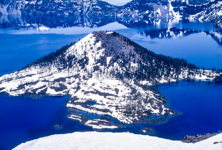 Snowy Wizard island, blue & white, Crater lake, Oregon, USA. Planets Planet Planet Earth Places To Visit Places You Must To See Places Around The World Places I've Been Places Landscapes Landscape_photography Landscape_Collection Landscape Naturelovers Nature Photography Nature_collection Lakeview Lakeshore Lakeside Lake View Blue Background Blue Sky Snow Covered Crater Lake Snow Crater Lake, Oregon Crater Lake Oregon Crater Lake National Park Crater Lake Snowcapped Mountain Idyllic Non-urban Scene Environment Frozen Day Tranquility No People Lake Blue Tranquil Scene Mountain Scenics - Nature Beauty In Nature Nature Winter Snow Water Cold Temperature Reflection Outdoors Stay Out The Great Outdoors - 2019 EyeEm Awards