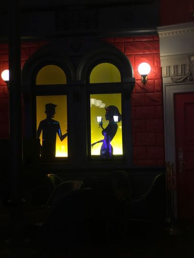 Real People Arch Silhouette Architecture Built Structure Men Two People Indoors  Illuminated Lifestyles Night Full Length Building Exterior Togetherness Women People Parishotelandcasino Moment Lens Shot On Moment Stage - Performance Space