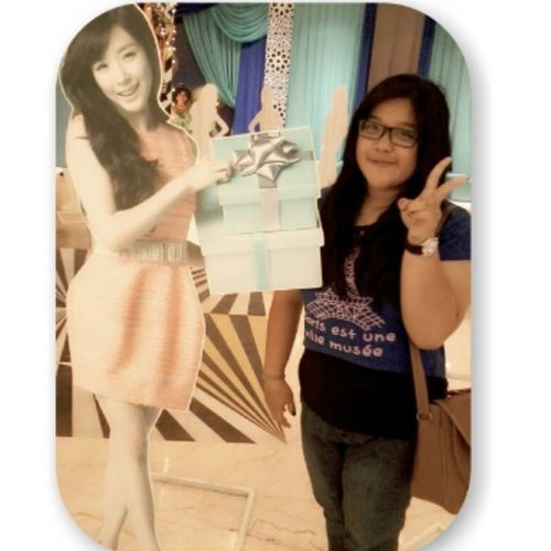 With Tifanny SNSD's stand . she is so beautiful ah eonnie yaa :3 Me Takeaselca With Tifanny stand snsd beauty instapict liketolike followme tagsforlove .At Lotte Shopping Avenue ,Kuningan Jakarta