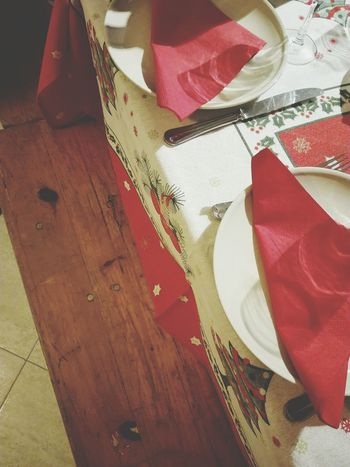 Textile Red No People Close-up Indoors  Backgrounds Day Huawei P8 Lite Textured  My Smartphone Life Fresh On The EyeEm Christmas Spirit Showcase: December Fresh On The Market 2016 Table And Chairs Fork And Spoon Plates And Bowls