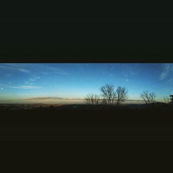 Panoramica da Domagnano San Marino..verso Rimini.. fila di nuvole infinite ⛅⛅⛅ Clouds Cloudscape Landscape Paesaggio Campagna Rimini Panorámica Panoramicview Italy Italia Paysage Instaclouds Instamoment Picoftheday Skycolors Blusky Nature Beautifulcolors