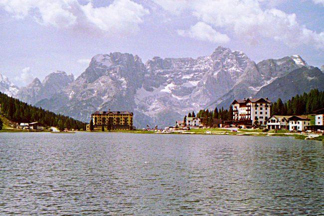 Lago Di Misurina Lovelynatureshots EyeEm Nature Lover Südtirol Mountain View Sea View Mountains Building And Sky Dolomites, Italy