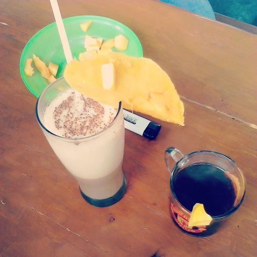 Lets drinks with ice Cappuccino manggo and Coffee arabica manggo.. Enjoy Brother