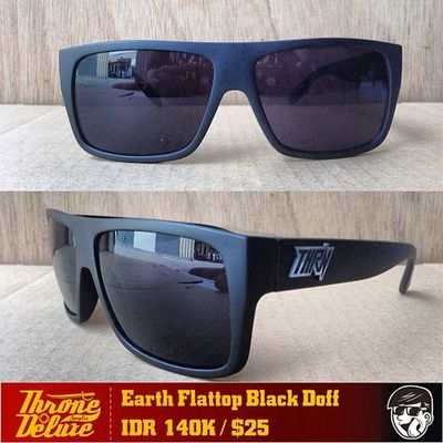Earth Flattop black doff. Throne39 Fall Catalogue Sunglasses eyeglasses . Online order to : +62 8990 125 182.
