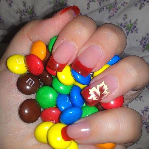 Не могу устоять))))) my love))))) люблю ммс цвета ногти конфеты шоколад моялюбовь love color chocolate nail mylove life like original orange beautiful