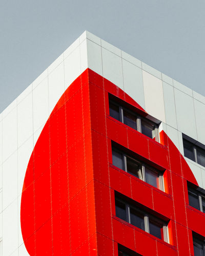 Colors Façade Urban Exploration Urban Geometry Architecture Block Of Flats Building Exterior Built Structure City View  Clear Sky Close-up Colorsplash Day Dot Low Angle View Modern No People Outdoors Red Residential Building Window Windows Colour Your Horizn