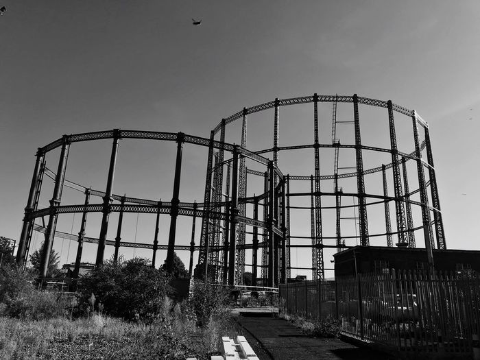 Gas Tanks London Gasometer Gasometro Gasometer Gas Tank Sky Nature Fence Security Protection Barrier No People Architecture Built Structure Day Clear Sky