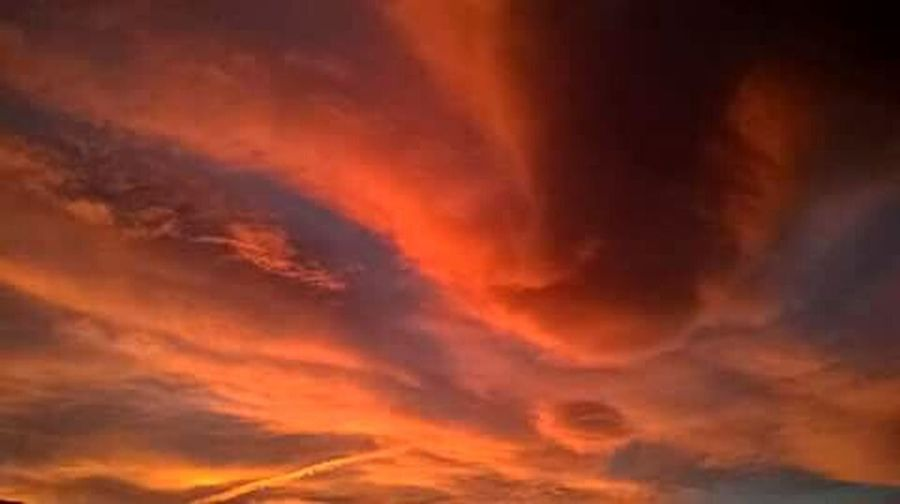 Color Palette Color Explosion Sunset Moments Of Color Colour Of Life Colours Of Nature Sky Power In Nature Nature_collection Beauty In Nature Sky_collection Magic Nature Nature Power Of Nature