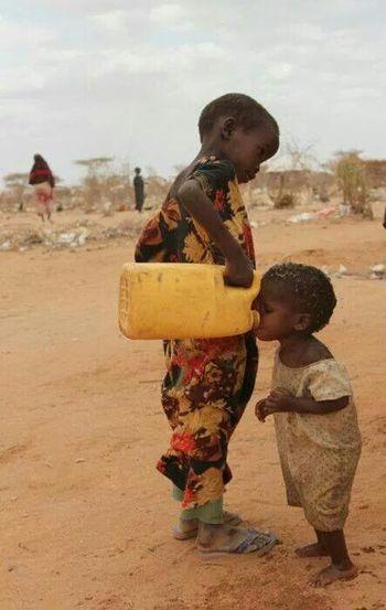 Μοιράσου ✊ Human HUMANITY Human Rights Share Human Being Africa