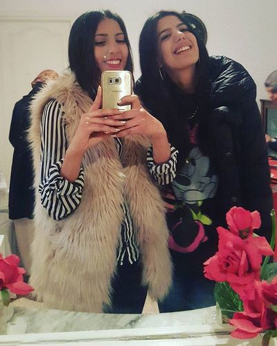 Ma cousine la plus belle ❤ Cousine  Igers TBT  Folle Lovely Loveher MyBestie VSCO Vscocam Laught FamilyTime Family Fouine Bichette