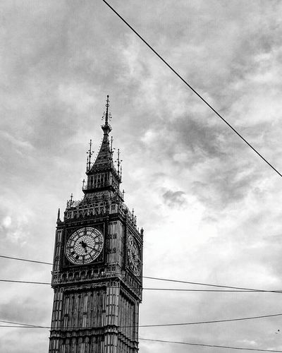 Bigben People Architecture Built Structure Architecture Famous Place Cloudy Phone Photography Mi4i Monument Buildingphotography Outdoors Bigbeninkolkata Low Angle View Sky Architecture Built Structure Tower Cloud - Sky Building Exterior Travel Destinations