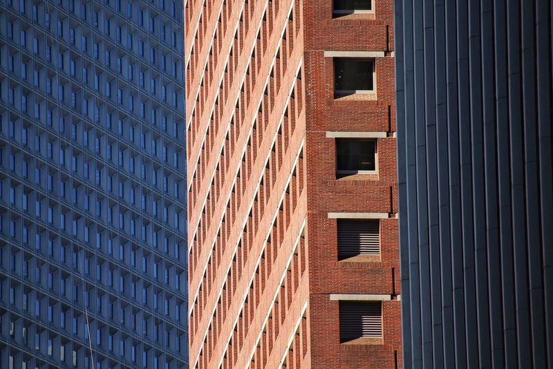 Architecture Built Structure Building Exterior Window Pattern Low Angle View Repetition Full Frame Skyscraper Brown Modern Day City Life Office Building Building Story Geometric Shape Tall Tall - High No People New York City Financial District  Downtown Sommergefühle The Graphic City