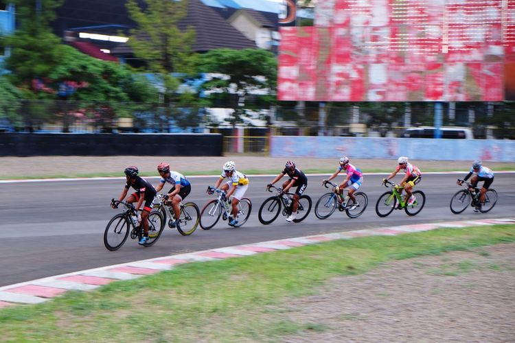 EyeEm Indonesia Cyclingphoto Sports Photography Bitc Cycling Race Photobydeca Sentulsircuit INDONESIA