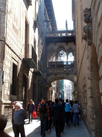 Architecture Barcelona Barcelona, Spain Barri Gótic Barrio Gótico Carrer Del Bisbe Catalonia Catalunya Cataluña City Espana-Spain España🇪🇸 Famous Place Tourist