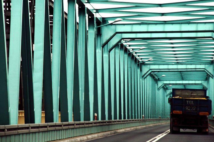 Green Color Corrugated Iron Day No People Outdoors Road Bridge Metal Bridge Blue Bridge Turquoise Turquoise Bridge EyeEmNewHere Truck Truck On Bridge The Week On EyeEm The Graphic City