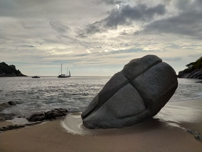 Crusader Relic From The Past Scenics - Nature Sculpture Cross Nature Photography Outdoors Outdoor Photography Daylight Tourism Thailand Stone Boat Beach Sand Wave Ocean Water Sea Nautical Vessel Beach Wave Sand Summer Sunset Yacht Tide Coast Sailing Ship Yachting 2018 In One Photograph