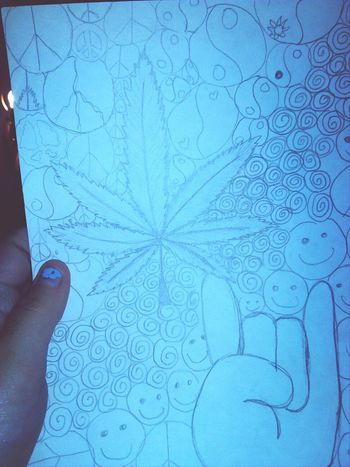 Actually proud of myself for drawing this. Bud Potleaf  Stoner Yee