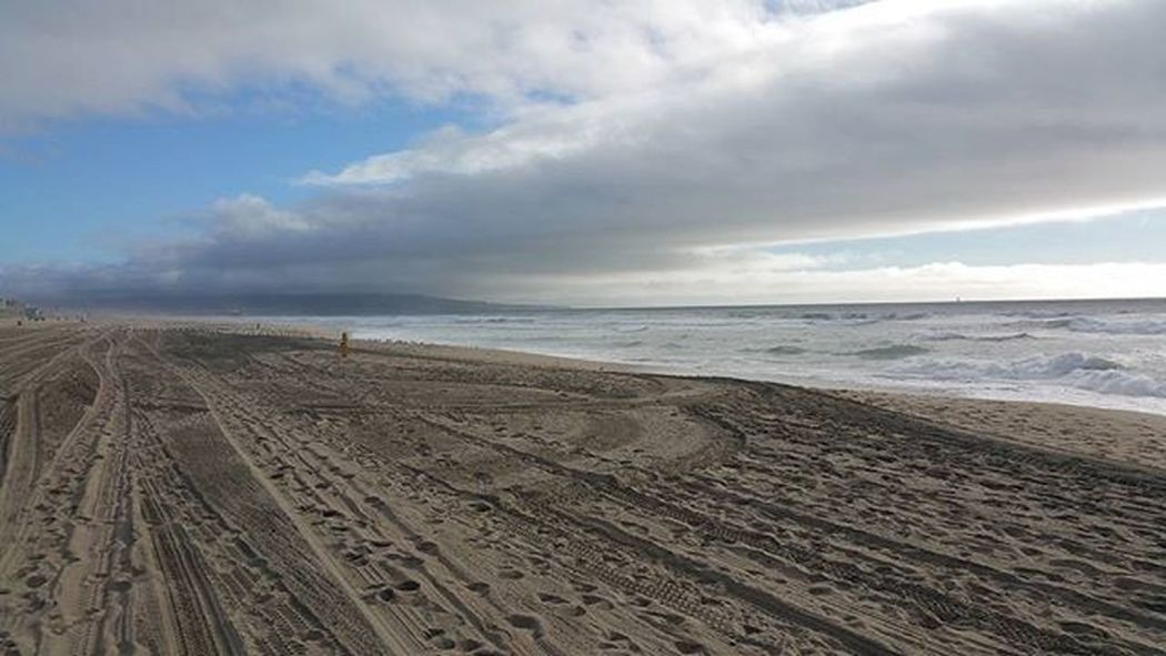 There is something about being near the Ocean, its breath taking!! Manhattanbeach Saturdayafternoon  Crazysky Sun Clouds Sky Ocean Sand Breathtaking Amazing Instapic Walkonthebeach Photooftheday Instagram