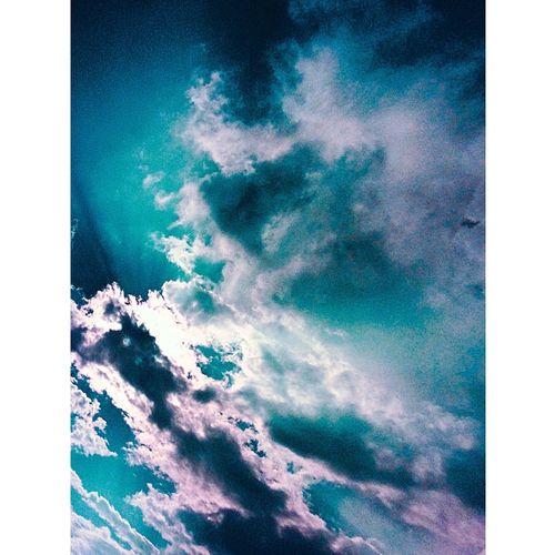 Hello World Enjoying Life Sky Sky And Clouds Skylovers Sky_collection First Eyeem Photo Sun Sunshine Sunlight