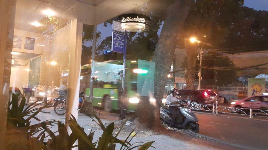 Nite Life Saigon Hochiminhcity Street Light