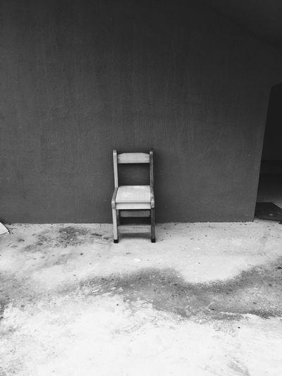 덩그러니 Alone Black&white