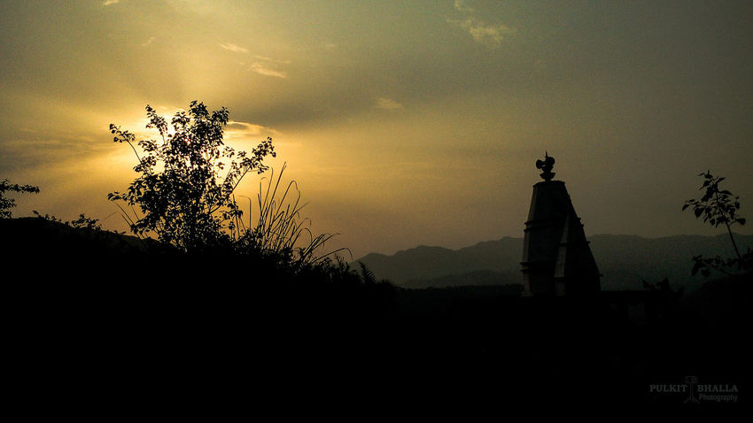 Beautiful Beauty In Nature Fountainpen Hills Instagram Kasol Likeforlike Mountains Pulkitbhallaphotography Scenery Shimla Tranquility Whistle