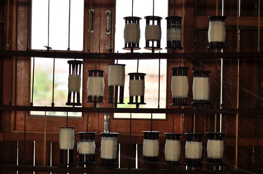 Weaving Inle Lake Nyaungshwe Myanmar Photopackers Oksk Window Indoors  No People Shelf Glass - Material Arrangement Architecture Business