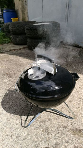 Water Skillet- Cooking Pan Shadow Steam Smoke - Physical Structure Heat - Temperature Sand Close-up