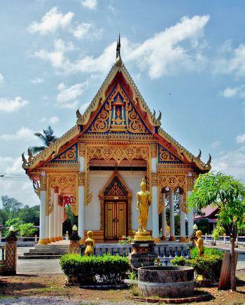 Wat Laem Tomod,Pak Nam Lang Suan Façade No People Outdoors Pak Nam Lang Suan Religion Spirituality Temple Temple - Building Thailand