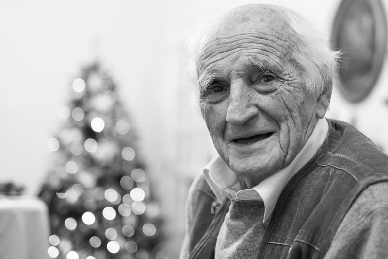 Senior Adult One Person Christmas Senior Men Close-up Portrait Portrait Of A Man  Old Man Blackandwhite Blackandwhite Photography Black And White Collection  The Week On EyeEm Nem Portraits Bokeh Lights Elderly The Portraitist - 2017 EyeEm Awards This Is Aging The Portraitist - 2018 EyeEm Awards
