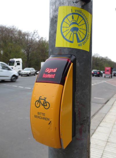 Volksentscheid Berlin Close-up Communication Cycling Day Guidance No People Outdoors Sky Text Tree Volksentscheid Fahrrad Yellow