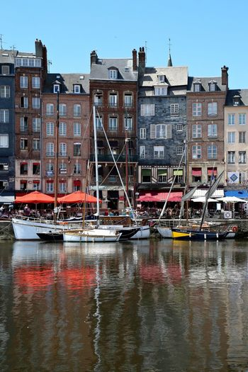 Honfleur Honfleur, France Normandie Sea Boat Water Water Reflections House Houses Colors Beautiful Travelling Traveling