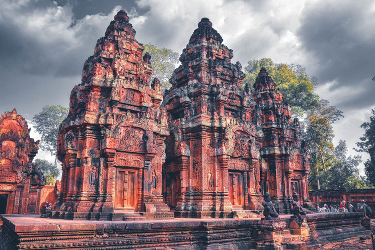 Low angle view of temple of banteay srei temple
