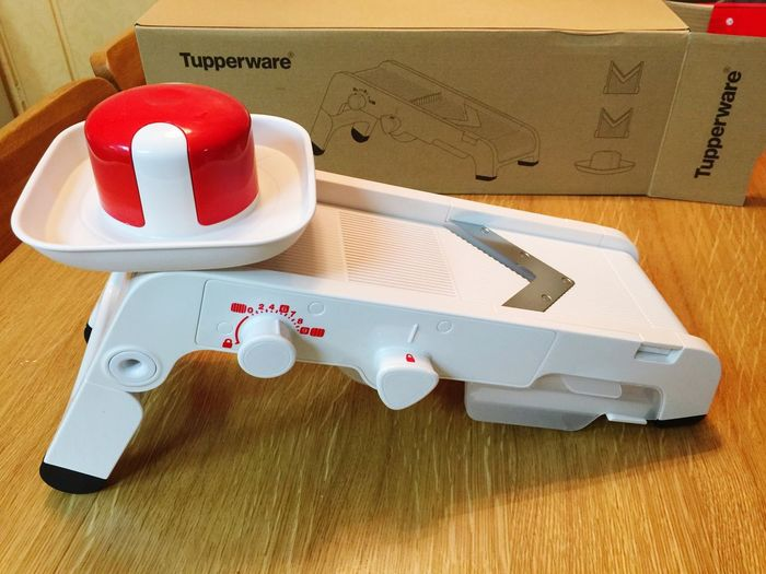 Tupperware VegetableCutter Chief HealthFood It Was Just Delivered From USA And I Am Ready To Be Good Cook! Ha Ha Ha!