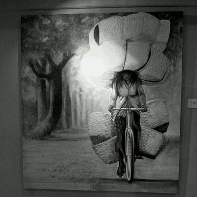 Mbok Bakul. Lukisan bung Yayak ini Jogya banget. Bantul menyongsong matahari terbit. Sesuatu Bw