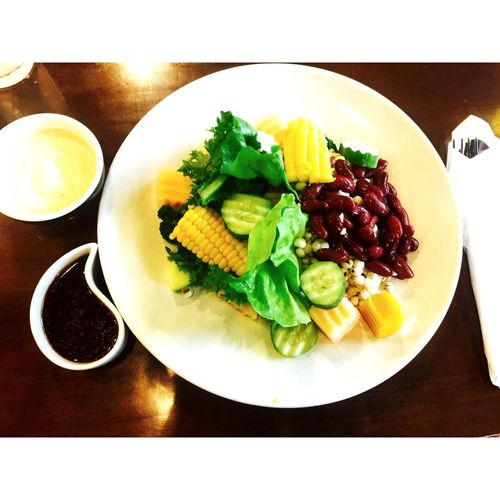 on diet. 😁👍🏻 Greens Salad Being A Vegetarian Eating Healthy Food Photography Dinner Dinner Time