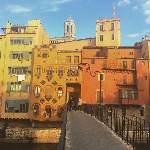 Pont de la Princesa Streetphotography Street Streetphoto_color Colors City Girona Gironamenamora Catalunya