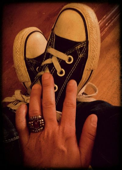 ...my old converses and junk jewlery.... Converse⭐ Blackandwhite Junk Jewelry Basketball Shoes Androidography Self Portrait I Love My Shoes : ) Grungegurl
