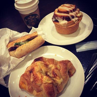 2015.03.05 STARBUCKS® ForHere Short Hot Soy CoffeeCreamLatte Filone RoastChickenLemonButterSource . スタバさまでうたげ✨ . Starbucks Starbuckscoffee スタバ Miillainsはスタバっ子w Miillains
