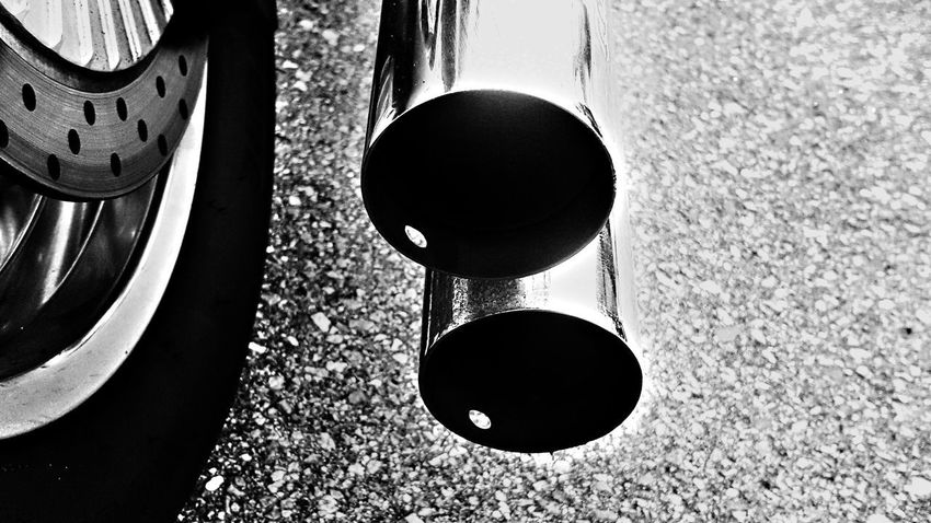 Circle Close-up No People Metal Mode Of Transport Land Vehicle Day Motorcycle Photography Motorcycle Motorcycle Therapy Motorcycle Parts Full Frame Chrome Tailpipes
