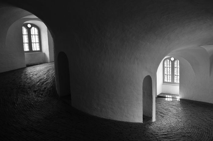 Arch Arches Architecture Brickwork  Circle Circular Downwards Empty Building Empty Space Light And Shadows No One Peaceful Shadow And Light Spiritual Tower Walkway White Wall Blackandwhite Photography Black And White Photography