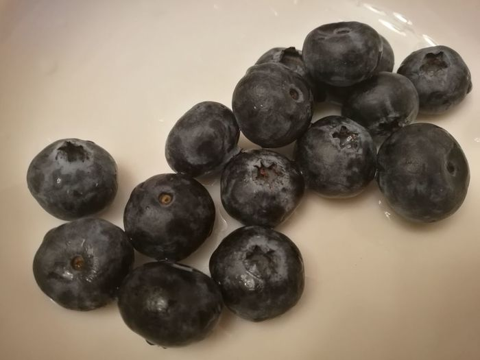Blueberry Blueberries Fresh Freshness Healthy Eating Food And Drink Food Black Color No People Freshness Ready-to-eat Day Warerdrops Close-up Water Breakfast Breakfast Time Healthy Lifestyle Healthy Food Indoors  Sweet Food Black Olive