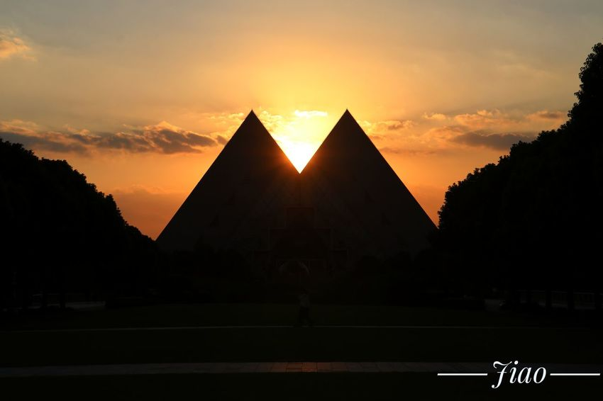 Colleage life is starting and wish all will be well. Sunset Pyramid Triangle Shape Architecture No People Sky Colleage Built Structure Tranquility Enjoying Life Sues Capture The Moment