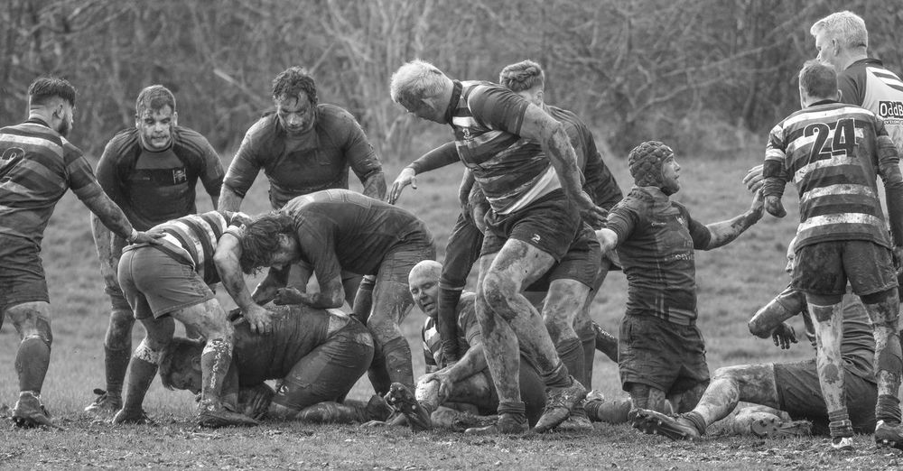 The Game, The grab, The injury, The plea, The decision. Fareham Fareham Heathens Referee Rugbyplayer Totton Totton Tottonians Adult Adults Only Day Injury Large Group Of People Mammal Men Muddy Nature Outdoors People Plea Pleading Rugby Rugby Player Scrum Skullcap  Tackle