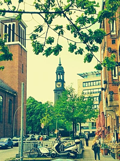 Church Hamburg Streetphotography Street Streetphoto_color Street Photography EyeEmBestPics EyeEm Best Shots EyeEm Best Edits Jopesfotos - Urban